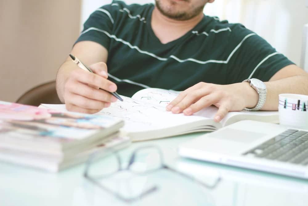 Agiles Projektmanagement Scrum Projektaufsatz